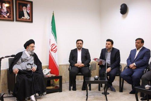 دیدار اعضای کمیته کارگری ستاد دهه فجر با نماینده ولی فقیه در استان گلستان