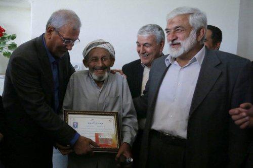 با حضور وزیر تعاون انجام شد؛ اهدای حکم بازنشستگی پیش از موعد روستاییان گلستان