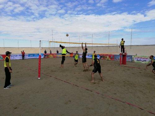 آغاز رقابت های والیبال ساحلی قهرمانی کارگران کشور در گنبد