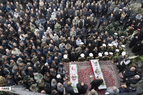 مراسم ادای احترام به زنده یادان دکتر سید تقی نوربخش و عبدالرحمن تاج الدین + تصاویر