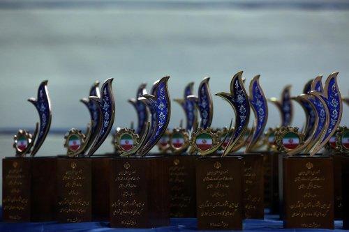 تجلیل از واحد کار نمونه برگزیده گلستان در جشنواره ملی امتنان