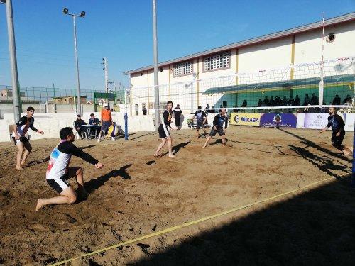 آغاز مسابقات قهرمانی والیبال ساحلی کارگران کشور در آق قلا